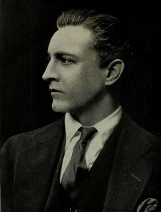 455px-Portrait_of_John_Barrymore