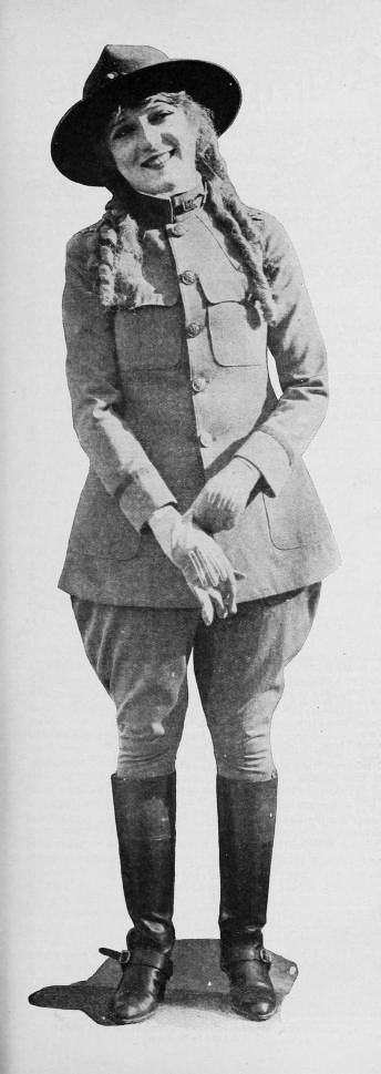 mary_pickford_in_uniform