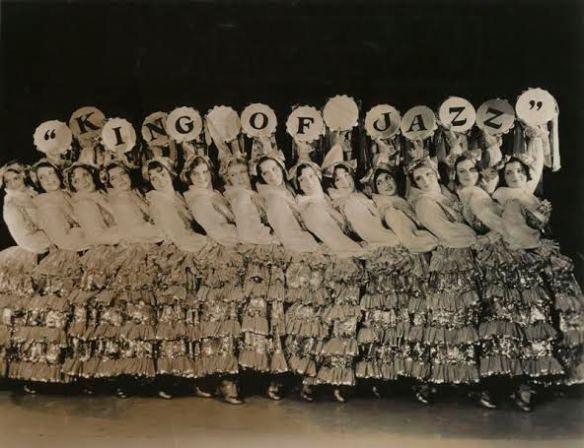 russell market dancers