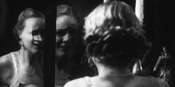 gloria_stuart_mirror